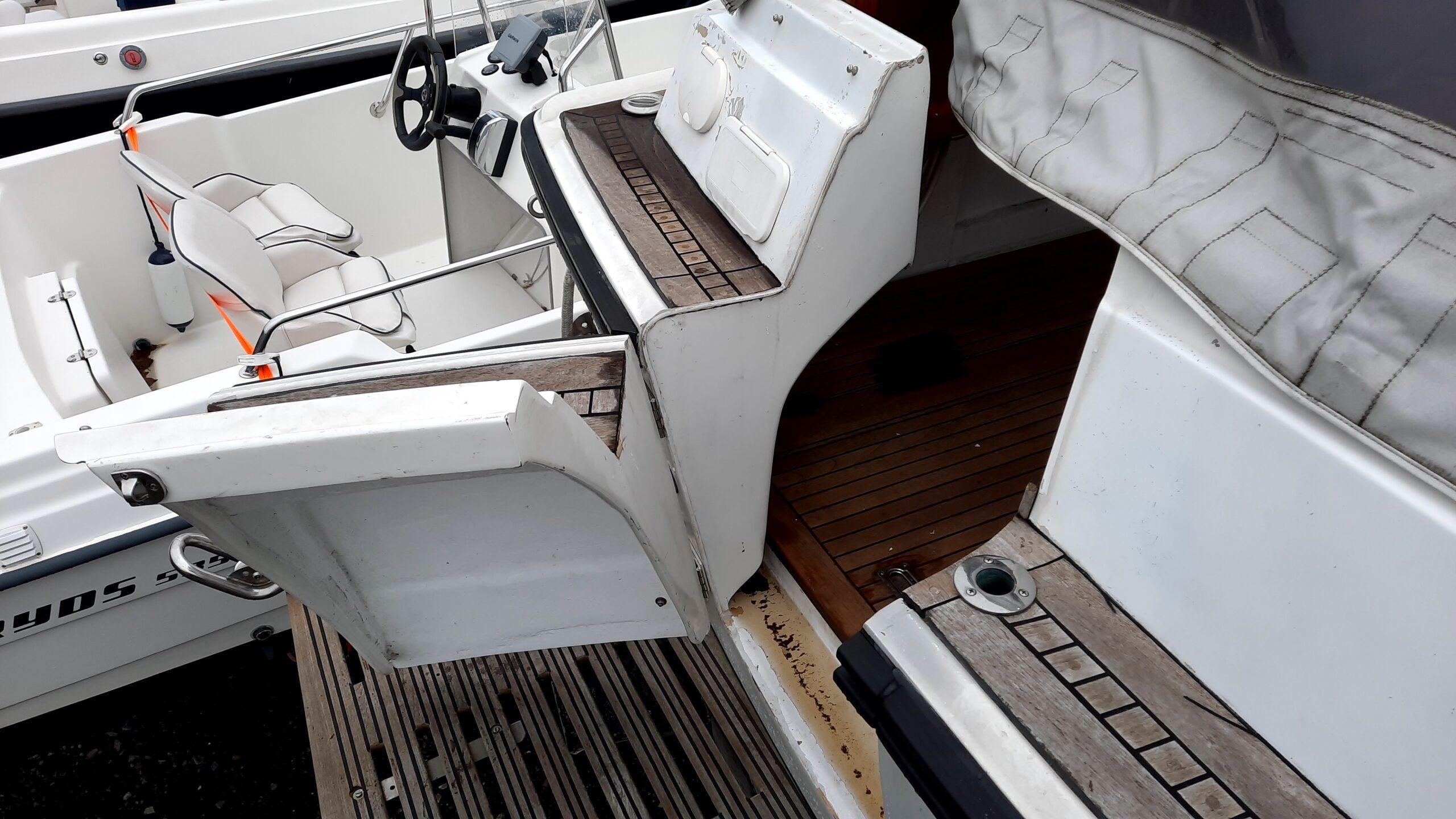 båt fjord akter